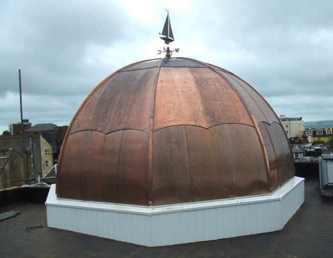 Copper Dome The Royal navel Base